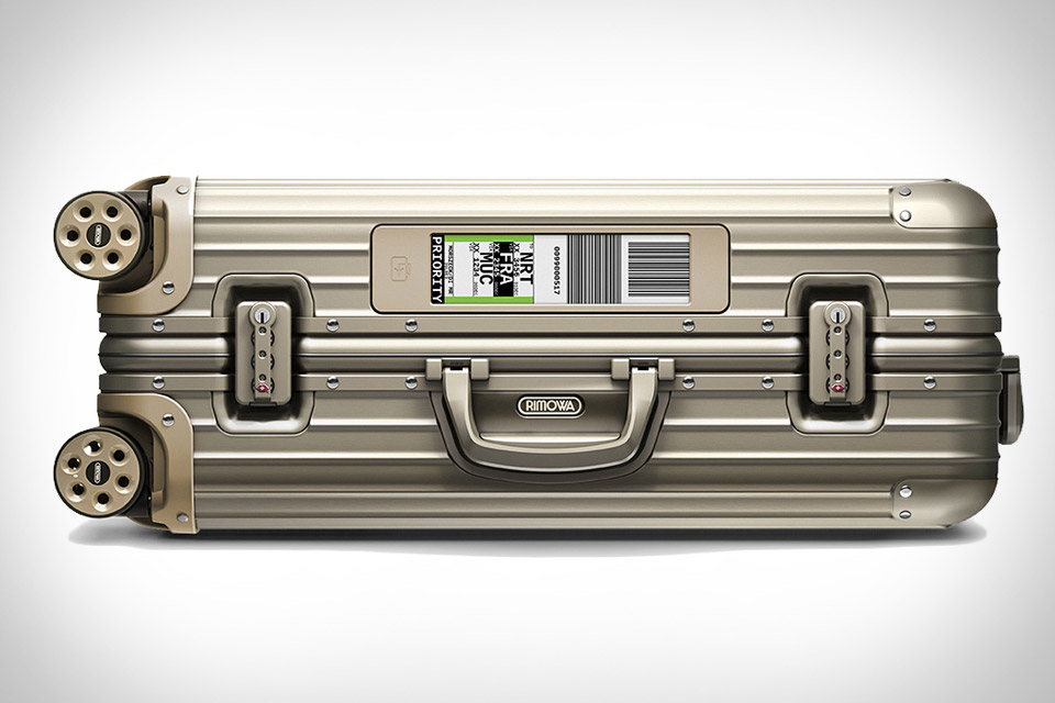 rimowa-electronic air ticketing tag